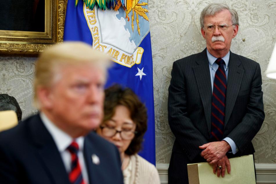 John Bolton und Donald Trump im Oval Office in Washington.