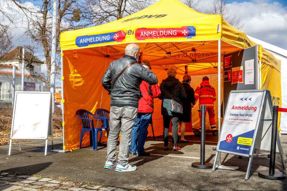 Dresden: Kaum offen, schon wieder dicht: Dresdner Corona-Testzentrum zieht um!