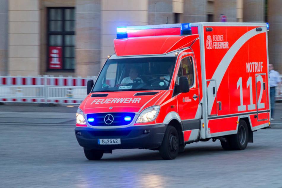 Zwei schwere Verkehrsunfälle mit verletzten Fußgängern in Berlin