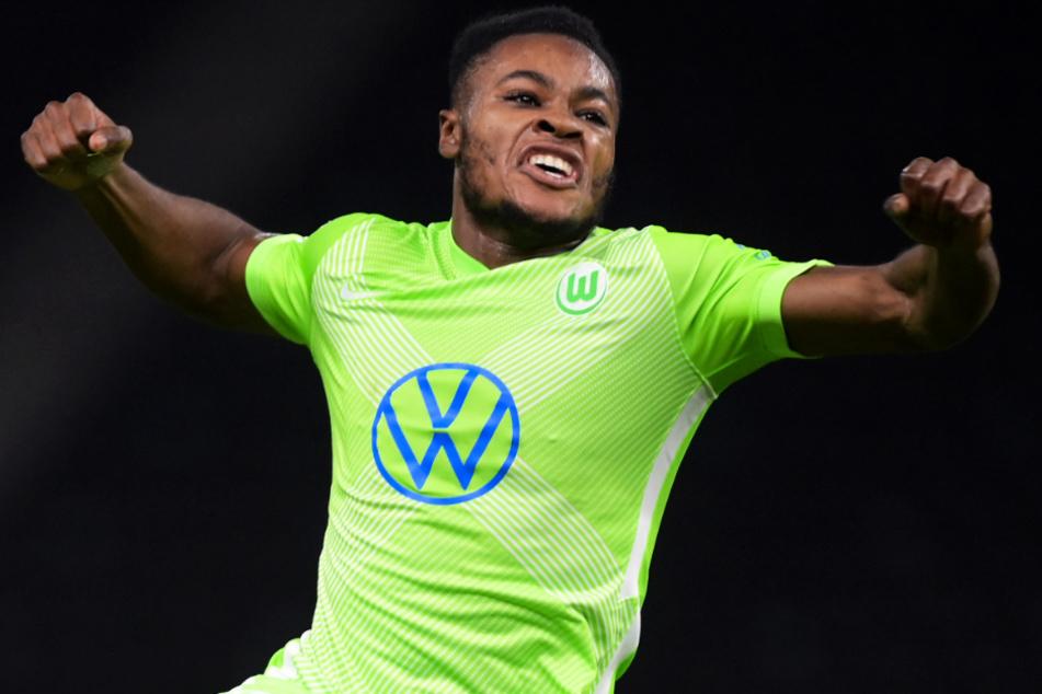 Traumtor! Ridle Baku bejubelt seinen Treffer zum 1:1-Ausgleich für den VfL Wolfsburg euphorisch. Es war seine erste Bude für seinen neuen Klub!