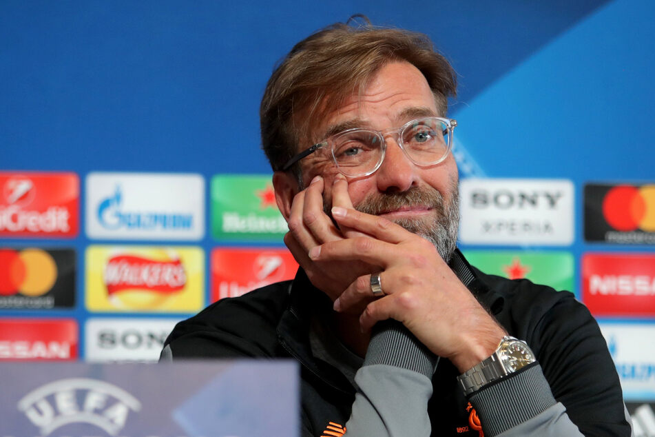 Jürgen Klopp (53) hat sich auf eine Frage nach einem möglichen Wechsel von Thiago Alcántara (29) bedeckt gehalten.