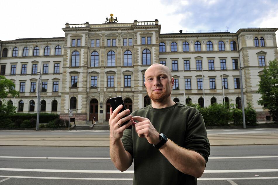 Medieninformatiker Stefan Kahl (35) von der TU Chemnitz kann die neue Handy-Schnittstelle fachlich einordnen.
