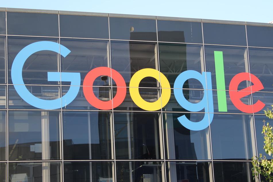 Google gehört zu den größten und mächtigsten Unternehmen der Welt. (Foto: Christoph Dernbach/dpa)