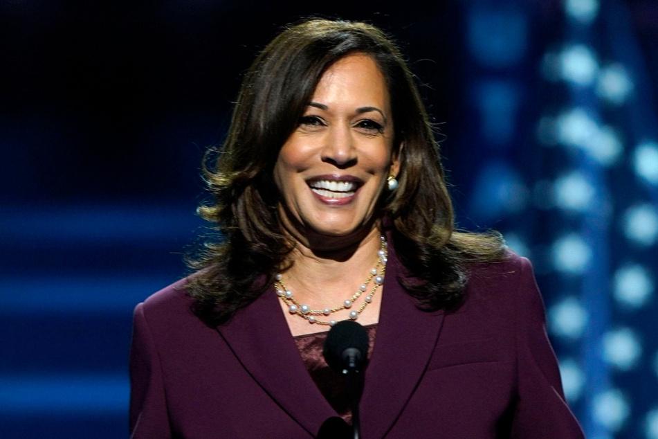 Die US-Demokraten haben die Senatorin Kamala Harris (55) als Vize-Kandidatin für die Präsidentschaftswahl im November nominiert.