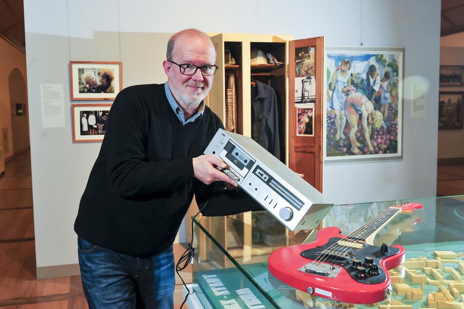 """Peer Ehmke (58) war offiziell """"Schallplattenunterhalter"""" - in Wirklichkeit legte er mit Kassette auf."""