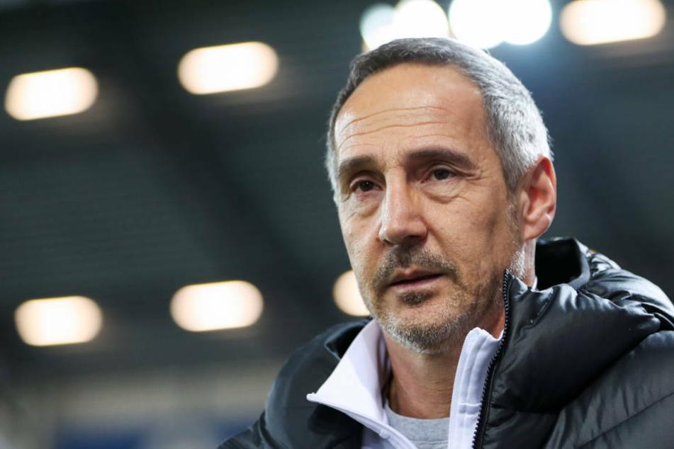 Muss Eintracht-Coach am kommenden Samstag die fünfte Niederlage in Folge verarbeiten?