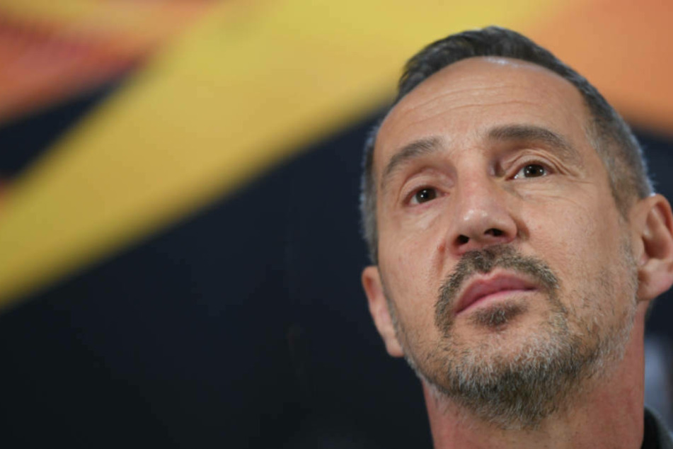 """""""Schön, dass wir das noch einmal genießen dürfen"""", freut sich Eintracht-Coach Adi Hütter auf das vorerst letzte Spiel mit Fans in der heimischen Commerzbank-Arena."""