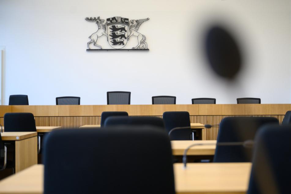 Vier Männer wegen Wirtschaftsspionage in Stuttgart angeklagt