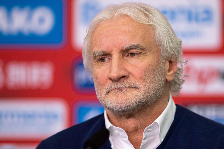Bayer Leverkusens Sportchef Rudi Völler (61).