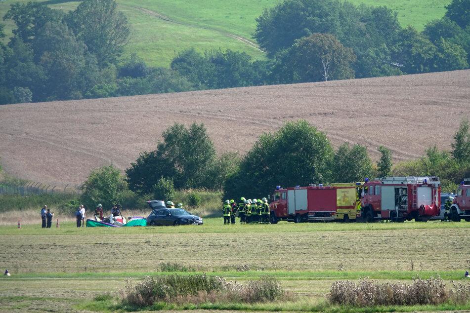 Am Ende der Landebahn stürzte das Ultraleichtflugzeug ab.