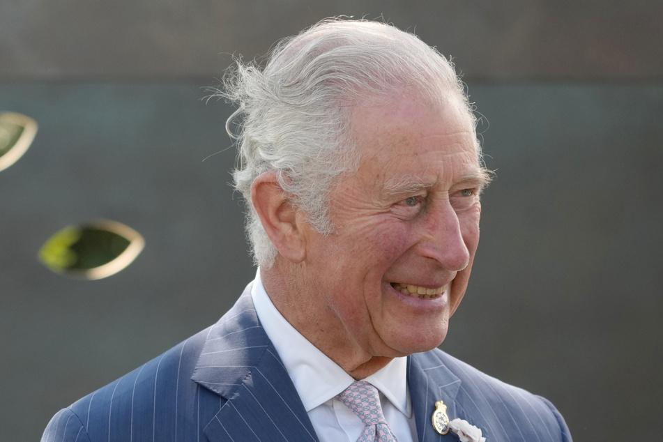 Prinz Charles (72) wird an Dianas Todestag sicherlich auch mal an seine Ex-Frau gedacht haben, auf seinem Twitter-Kanal war davon aber nichts zu lesen.
