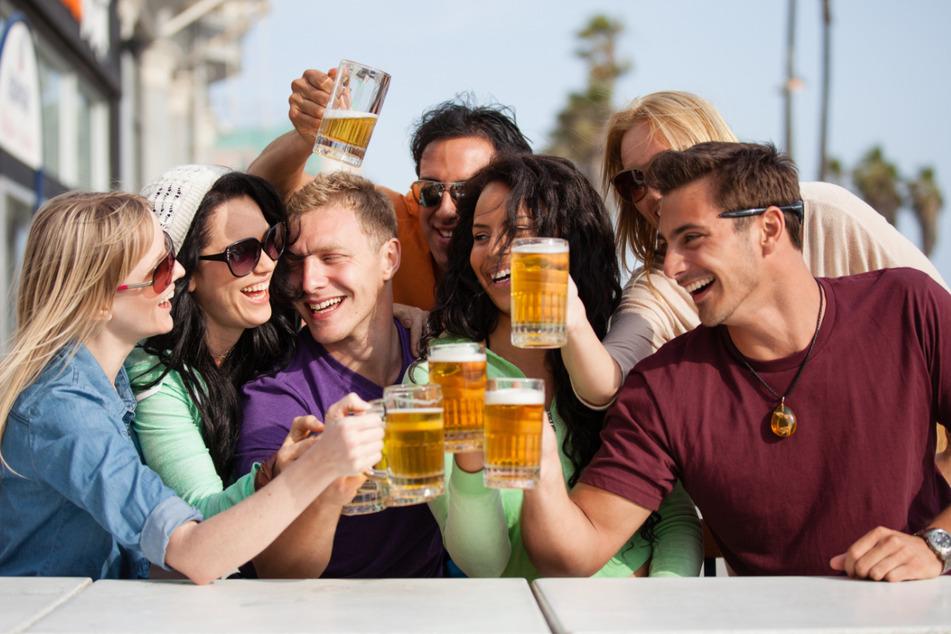 Bei über 200 Sorten Bier ist beim Bierfest absolut für jeden Geschmack etwas dabei. (Symbolbild)