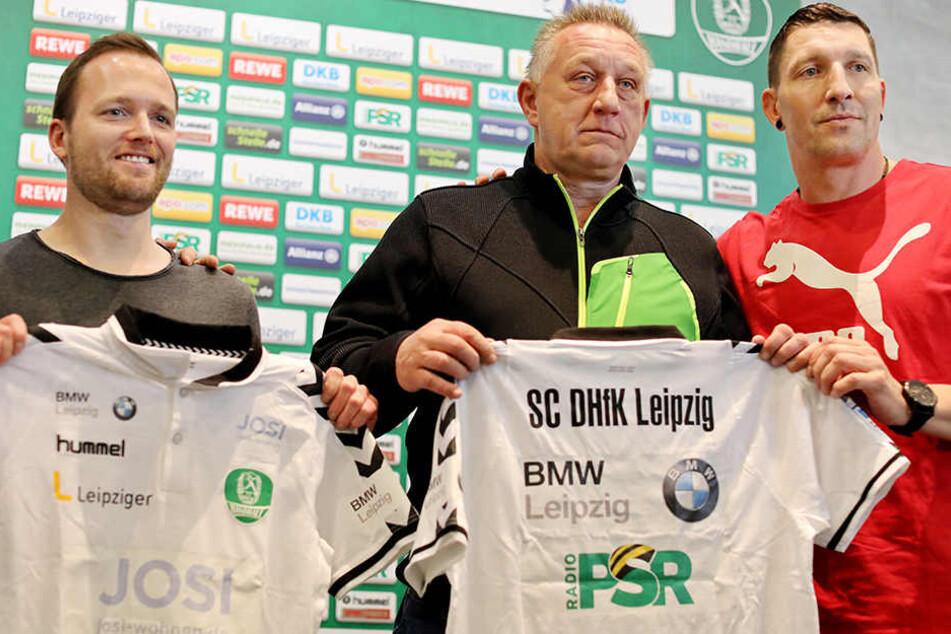 Der derzeitiger Co-Trainer und bis 2018 Interimstrainer, André Haber (v. l. n. r.), der derzeitige Frauen-Bundestrainer und ab Januar 2018 SC DHfK-Trainer Michael Biegler und Aufsichtsratsmitglied Stefan Kretzschmar.