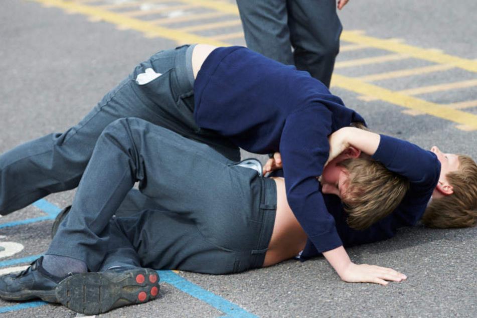 Immer mehr Schüler werden gewalttätig, auch ihren Lehrern gegenüber. (Symbolbild)