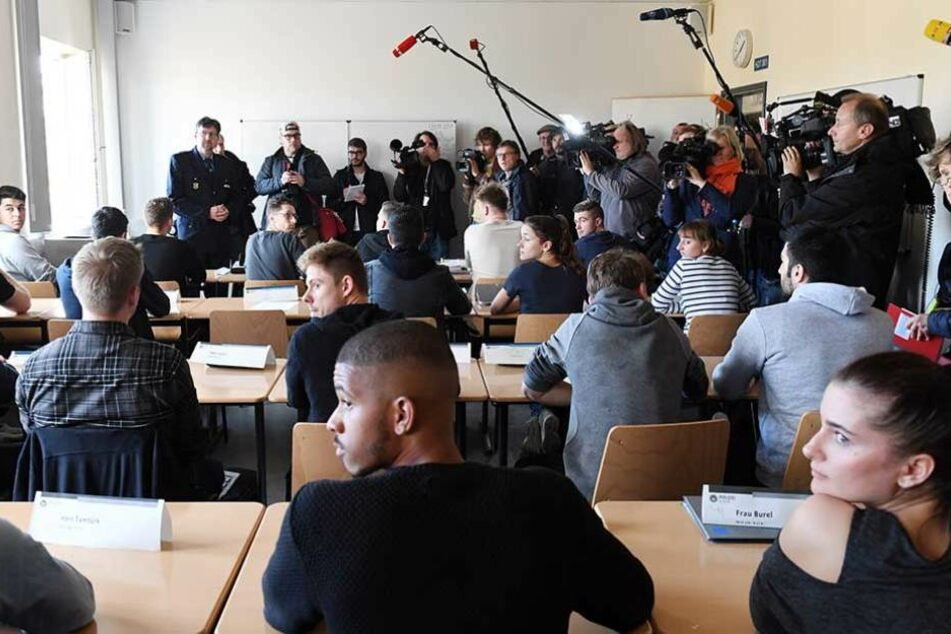 Pressevertreter konnten sich in der vergangenen Woche ein Bild von einer Klasse an der Polizeiakademie machen.