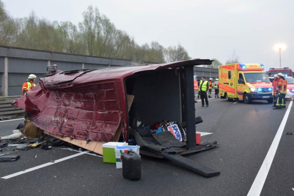 Elf Verletzte nach Unfall auf A2, zwei Menschen schweben in Lebensgefahr