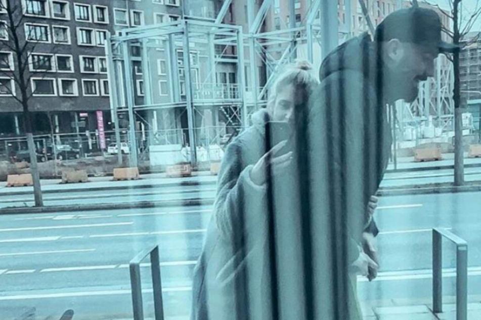 """Jan Leyk auf Wolke Sieben: """"Verboten mit meinem Girl unterwegs"""""""