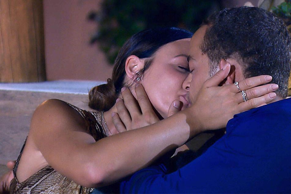 Steffi und Andrej verbringen ein romantisches Date.