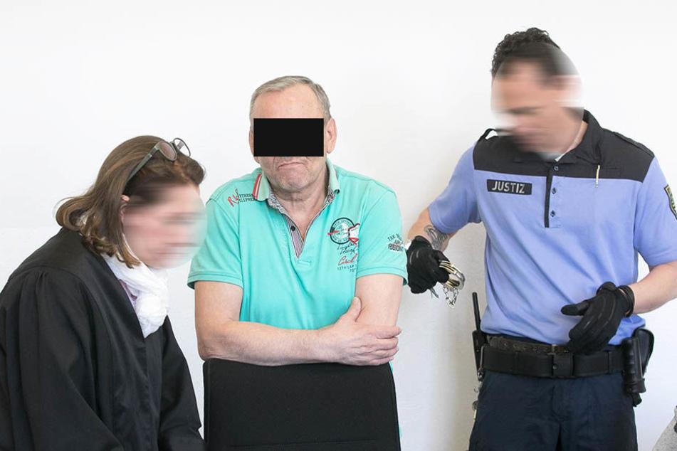 Der Brandstifter von der Budapester: Viktor E. (56) wurde am Freitag des versuchten Mordes schuldig gesprochen.