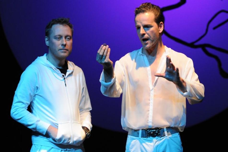 """Axel Stosberg (rechts), hier bei einer Aufführung von """"En Sommernachtsdroom"""" in Hamburg, ist nicht nur als Musiker sondern auch als Schauspieler aktiv."""