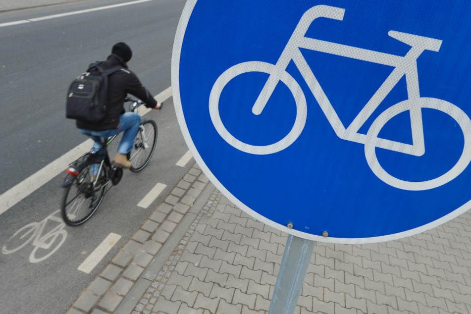 Der Radentscheid in Darmstadt, Frankfurt und Kassel macht sich für sicherere Radwege stark (Symbolbild).
