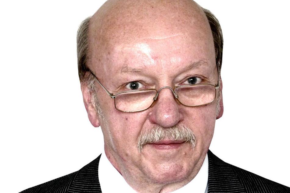 Joachim Zschocke (68, Pro Chemnitz) hat die grau-weißen Fassaden der Stadt satt.