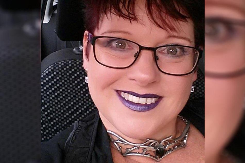 Sharon Spink (50) stillte ihre Tochter neun Jahre lang.