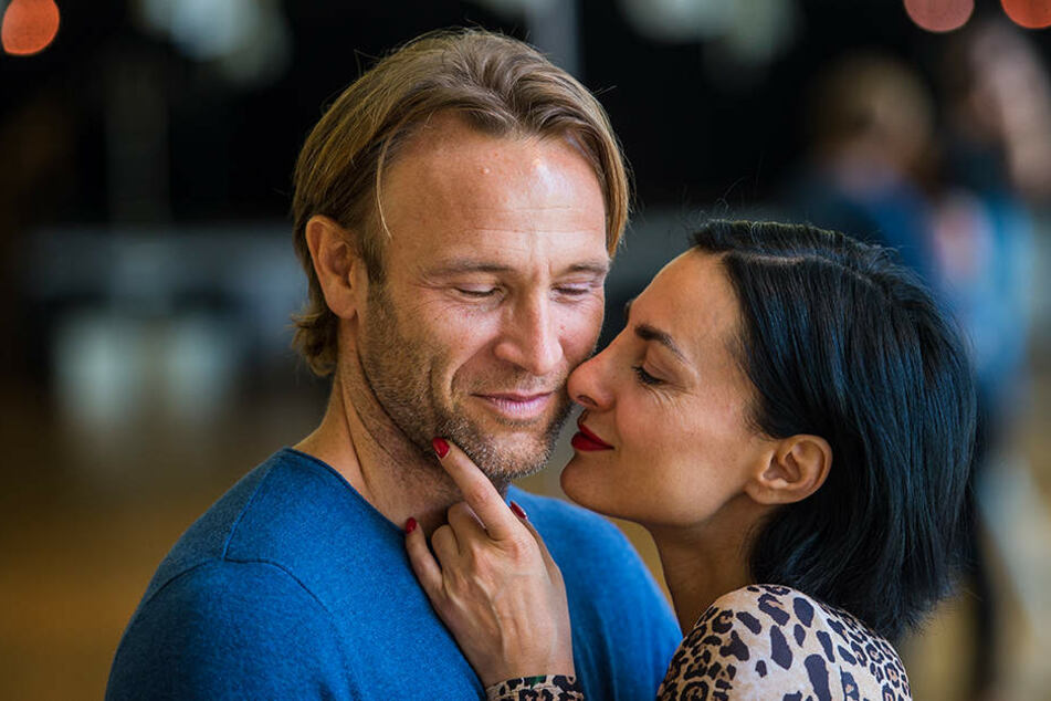 """2015 war die Welt noch in Ordnung: Bei der Tanz-Show """"Stepping Out"""" zeigten sich Bettermann und Fiedler schwer verliebt."""