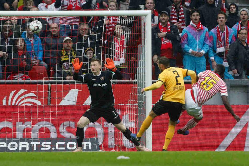 Frühe Führung: Jhon Cordoba (r.) traf in der dritten Minute zum 1:0 für Köln.