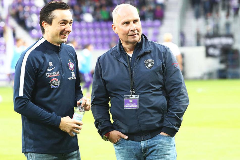 """Zeitweise hing der Haussegen bei den """"Veilchen"""" ein wenig schief, doch nach dem Sieg zuletzt gegen Holstein Kiel können Coach Daniel Meyer (r.) und FCE-Boss Helge Leonhardt jetzt wieder lachen."""