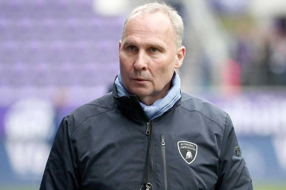 FCE-Präsident Helge Leonhardt ist auf der Suche nach einem neuen Co-Trainer.