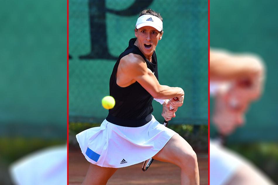 Andrea Petkovic lässt die Muskeln spielen.