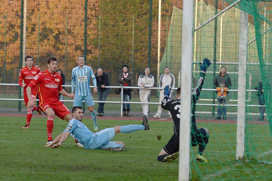 Maximilian Thiel (2.v.l.) erzielte den 3:1 Endstand für Union Berlin.