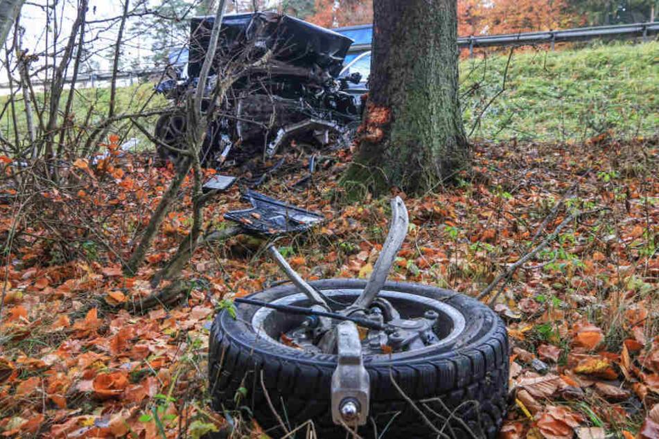 In Bayern ist es auf der Autobahn 9 zu einem schweren Unfall gekommen.