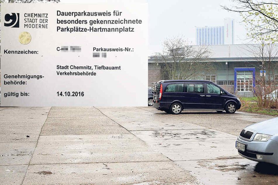 Hinter der Hartmannhalle können Stadträte kostenfrei parken, wenn sie zu Sitzungen müssen.