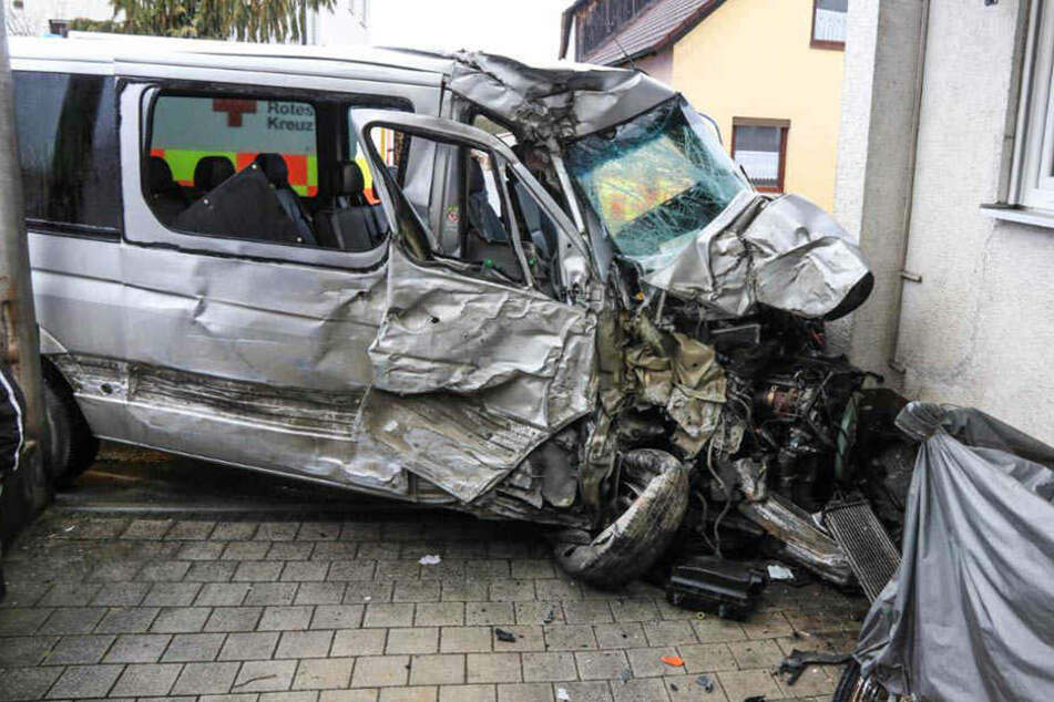 Der Sachschaden wird auf 50.000 Euro geschätzt.