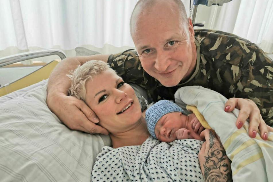Anfang Oktober wurden Melli und ihr Ehemann Mike Blümer (53) zum zweiten Mal Eltern. Seitdem hat Tochter Mia Rose (2) mit Matty einen kleinen Bruder.