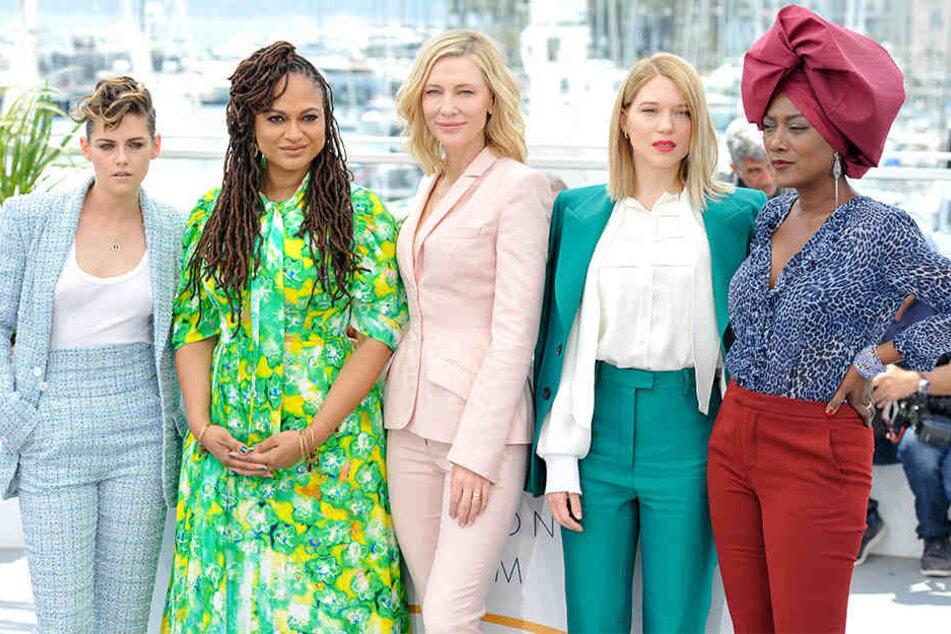 v.l.: Kristen Stewart, Ava DuVernay, Cate Blanchett, Lea Seydoux und Khadja Nin beim Fototermin der Jurymitglieder des 71. Filmfestival in Cannes am 8. Mai 2018.