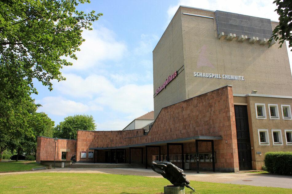 Das Chemnitzer Schauspielhaus, wo auch das Figurentheater zu Hause ist, wird saniert. Schauspiel und Puppentheater ziehen deshalb in den Spinnereimaschinenbau.