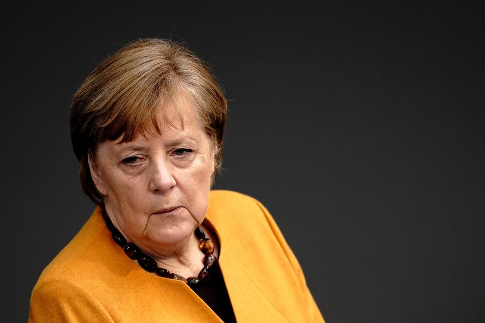 Kanzlerin Angela Merkel (66) hat die umstrittene Osterruhe-Regelung zurückgezogen.