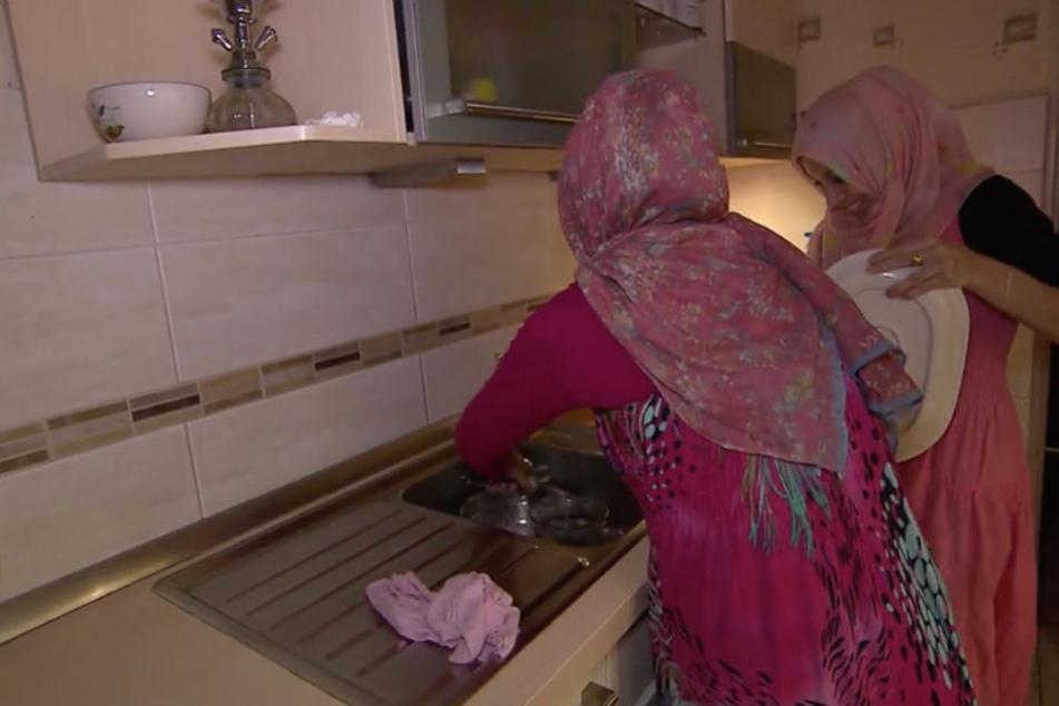 Seine beiden Frauen leben mit Ahmed und sechs Kindern in Pinneberg.