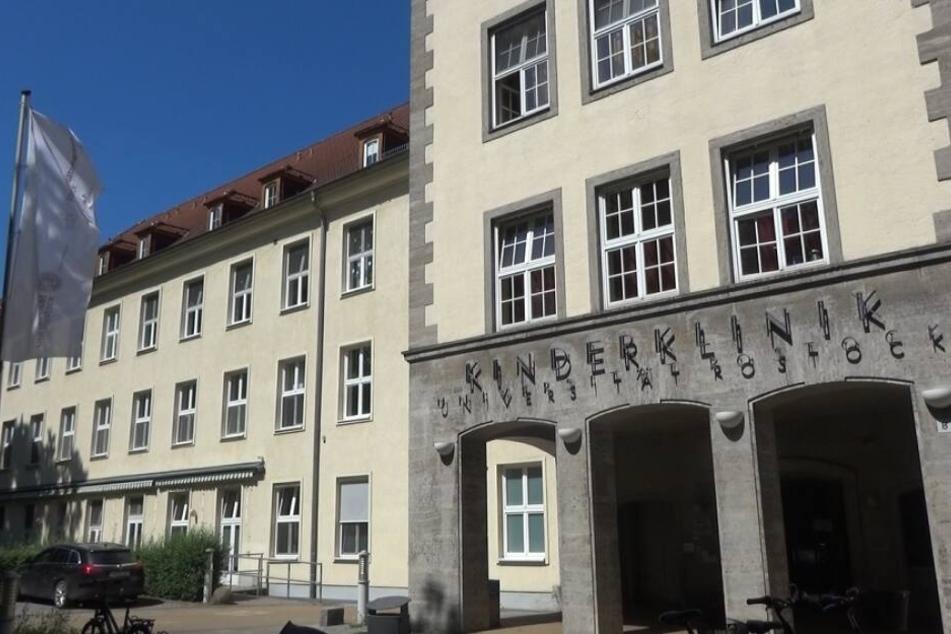 In der Kinderklinik der Universität Rostock starb der Fünfjährige.
