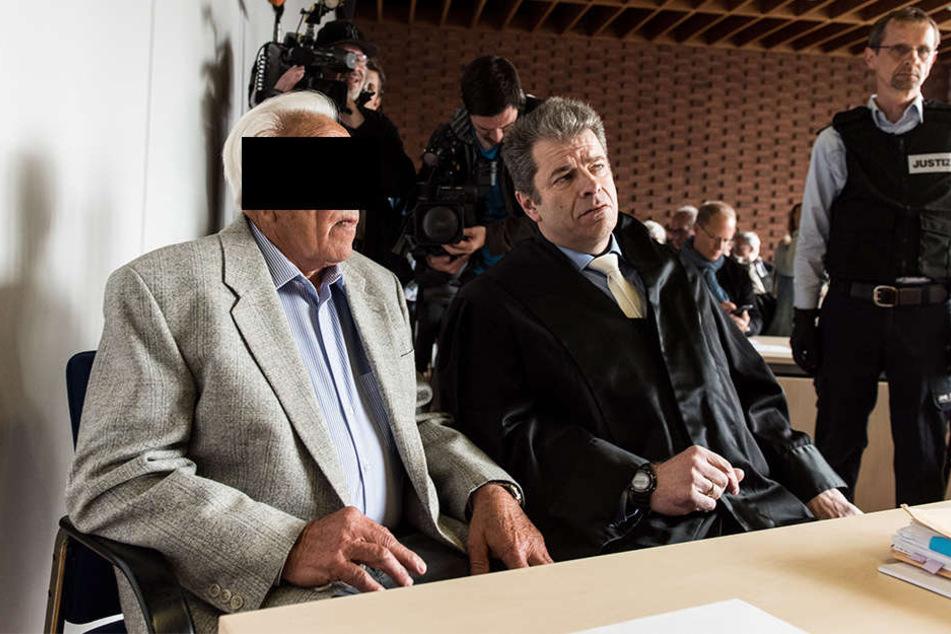 Der 85-jährige Angeklagte hat im Prozess ein Geständnis abgelegt.