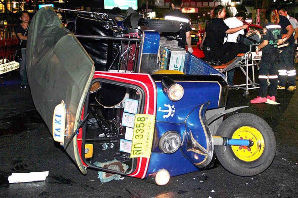 Mindestens 188 Menschen starben bei schweren Verkehrsunfällen.