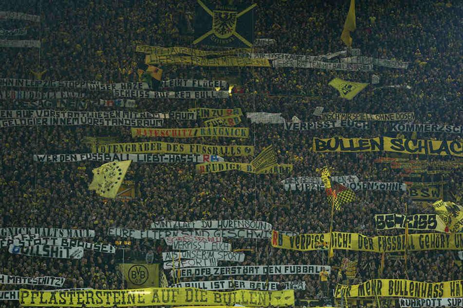 Wie schon beim Spiel im Februar 2017 möchten die Dortmunder Fans auch diesmal protestieren.