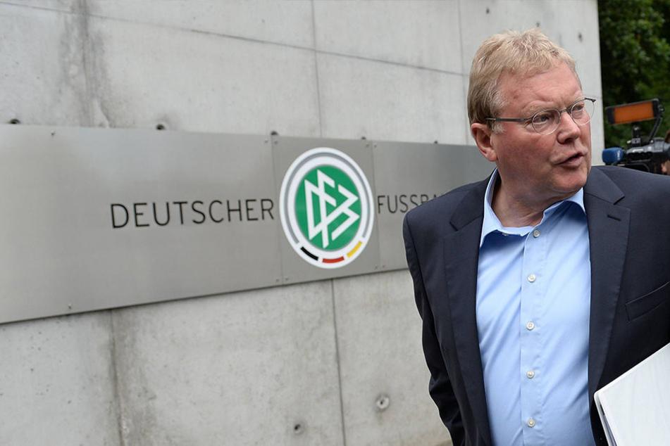 Auch der ehemalige DFB-Vizepräsident Hermann Korfmacher will helfen.