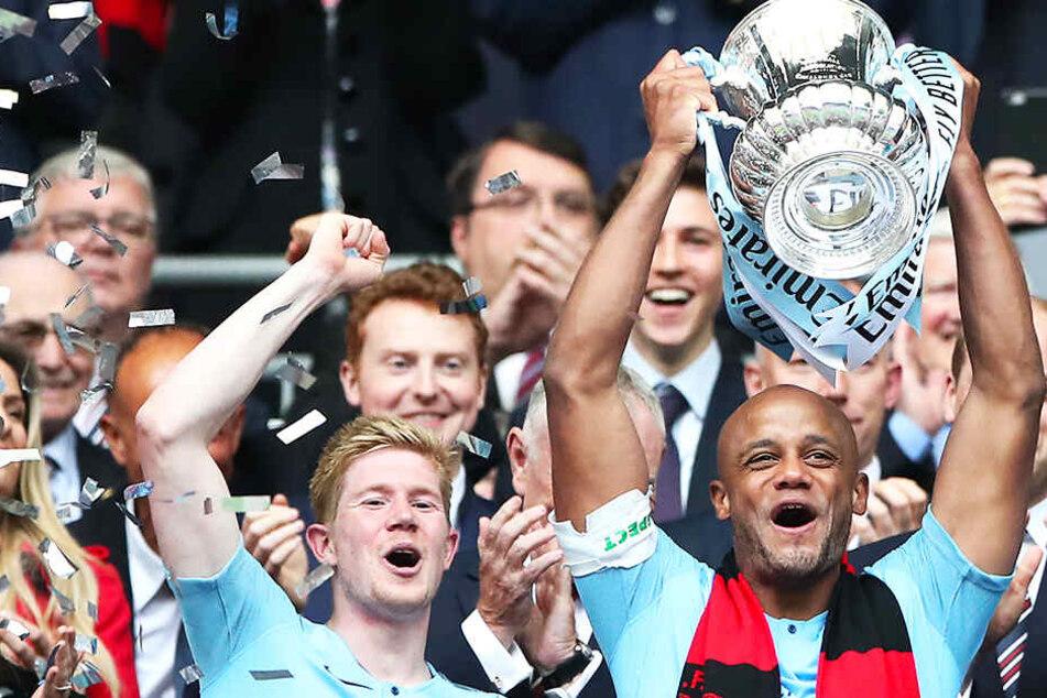 Triple! Manchester City dominiert englischen Fußball weiter nach Belieben!