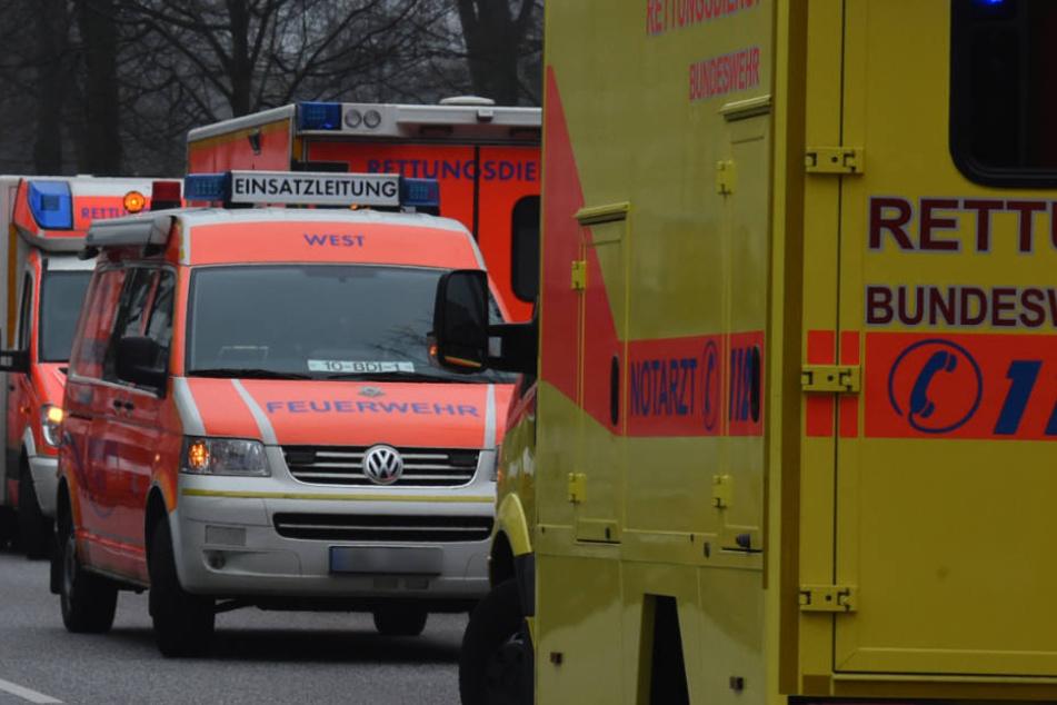 Zwei Schüler wurden ins Krankenhaus gebracht (Symbolfoto).