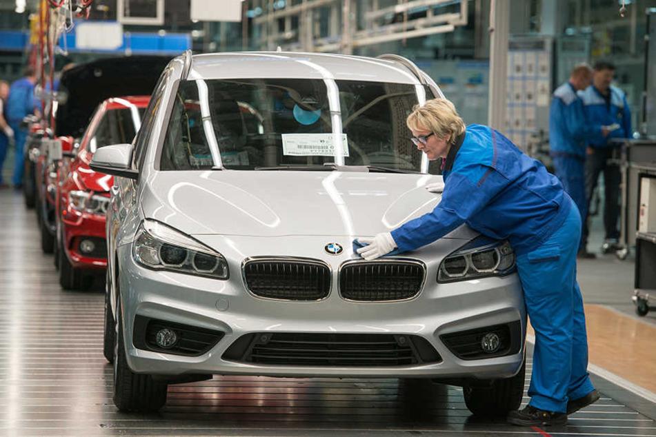 Eine Produktionsstraße von BMW: Zwei kollabierte Mitarbeiter sorgten in München für einen 40-minütigen Produktionsstopp.