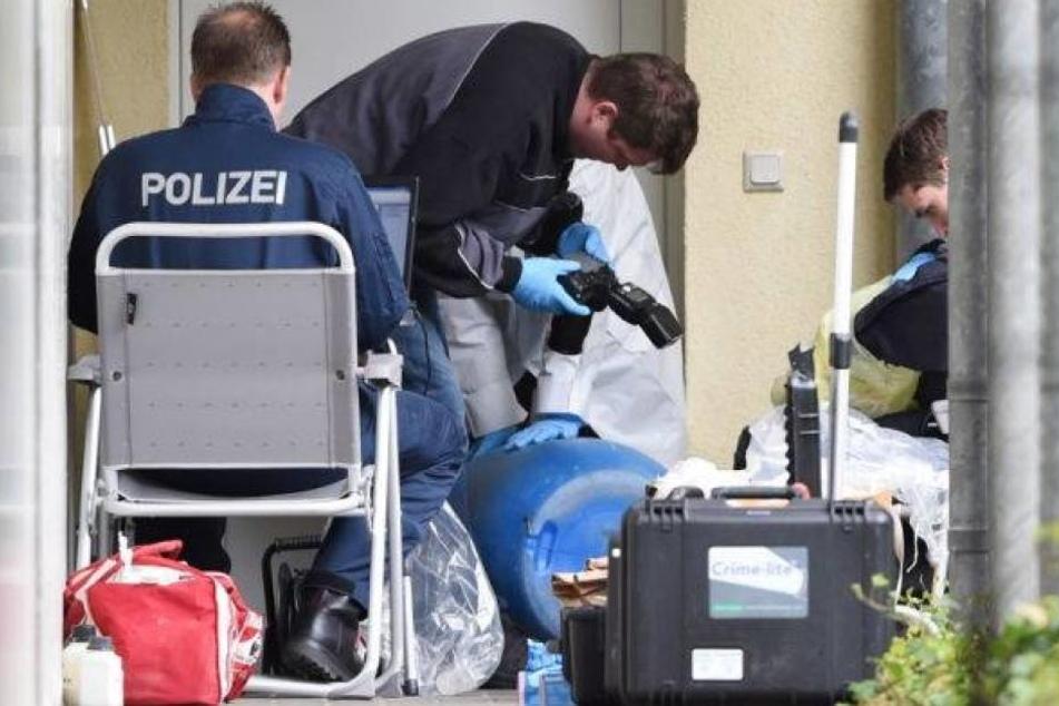 """Die von der Polizei sichergestellte Rohrbombe sei eine """"Bastelei aus Jugendtagen"""" gewesen."""